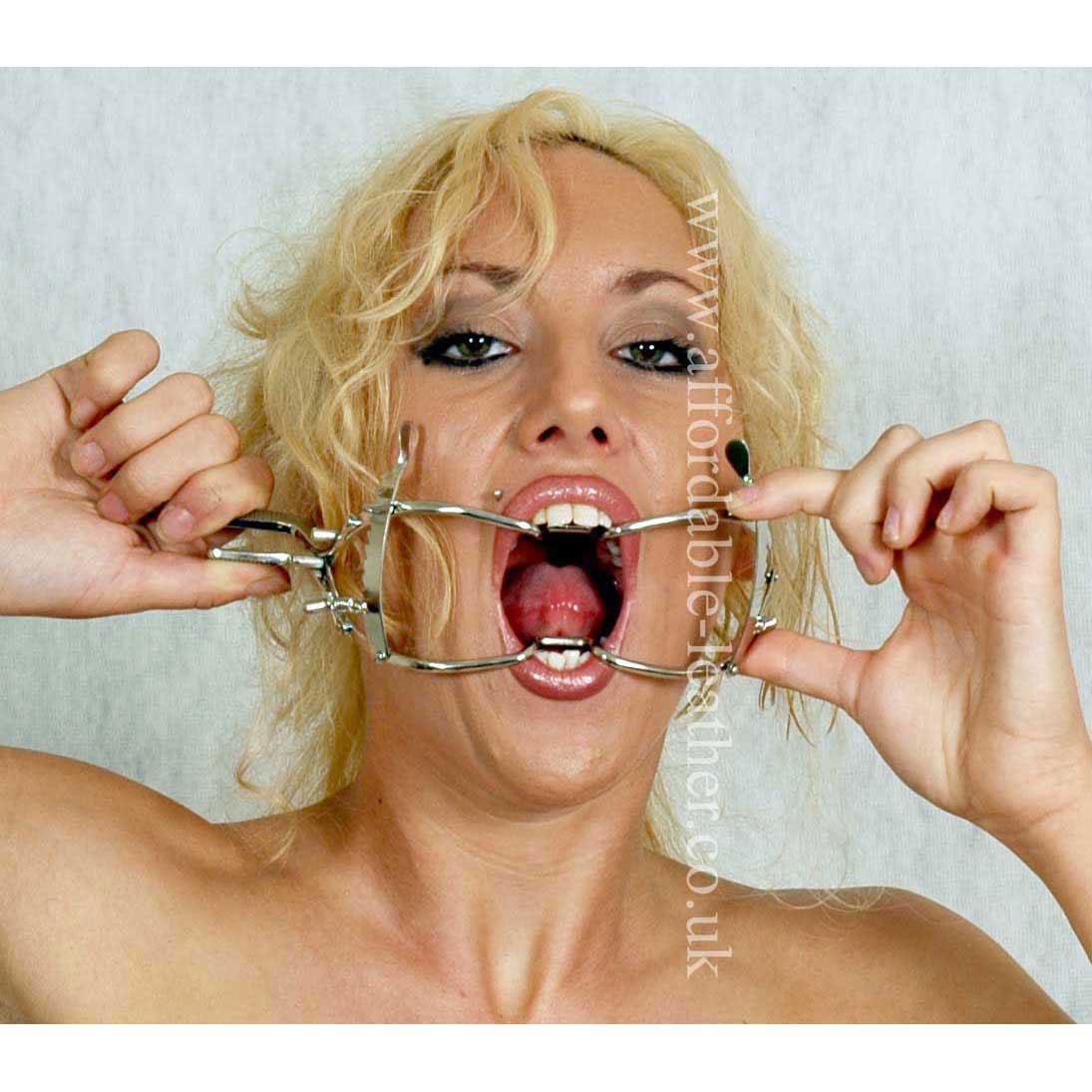 Whitehead Plain Metal Dental Gag